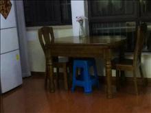 紫宸江湾 98万 2室2厅1卫 精装修 低价出售,房主急售。