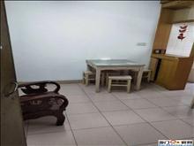 秀山新村 2层 两室一厅 简单装修 75.8万