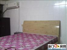 金三角精装车库 空调热水器家具