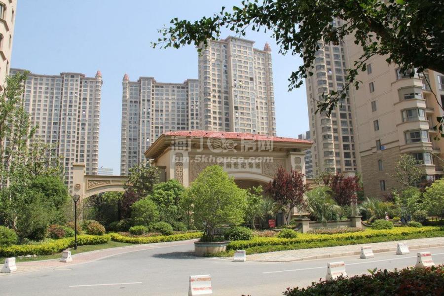 中南世纪锦城