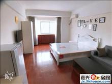 江南摩尔附近精装修单身公寓出租,地段好,大润发附近