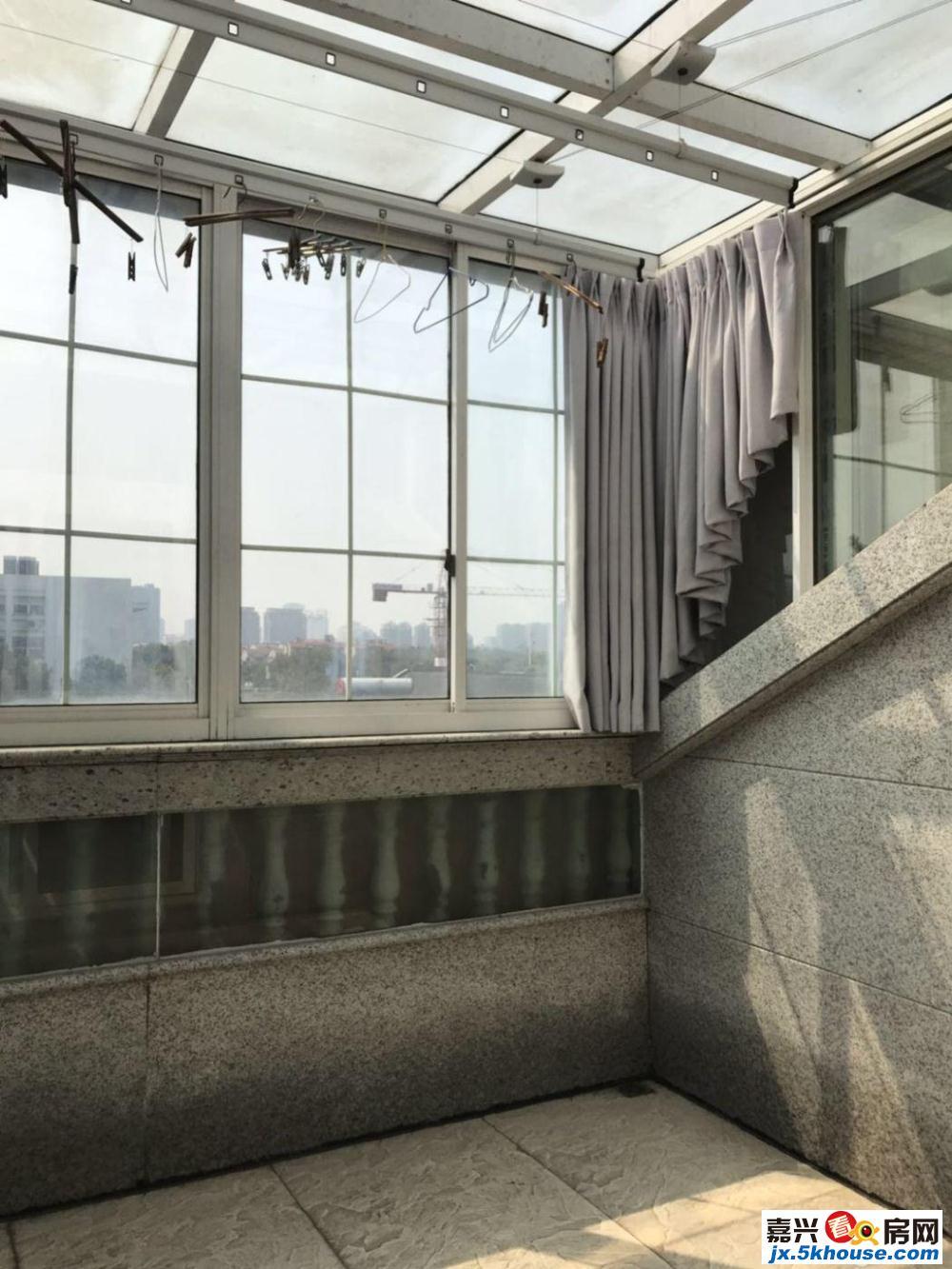 超好的地段,潜力大,星洲艺墅春天 560万 5室3厅3卫 豪