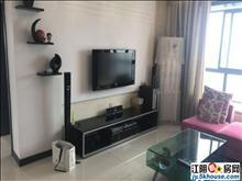 新港公寓 精装两房 家具全留 诚心出售 价格可谈 首付30万