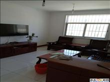 郑梁梅校区 4楼 108平方 3室2厅1卫 简单装修 40万