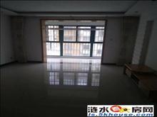 出售学士院3楼简装3房2厅1卫阳光充足送车库10平