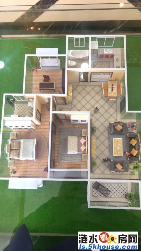 府前御景园 精装3室 多层边户 送个小车库 产证齐全