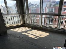 东郊华庭,2室2厅1卫 毛坯房,可按揭,有车库18平方,急售