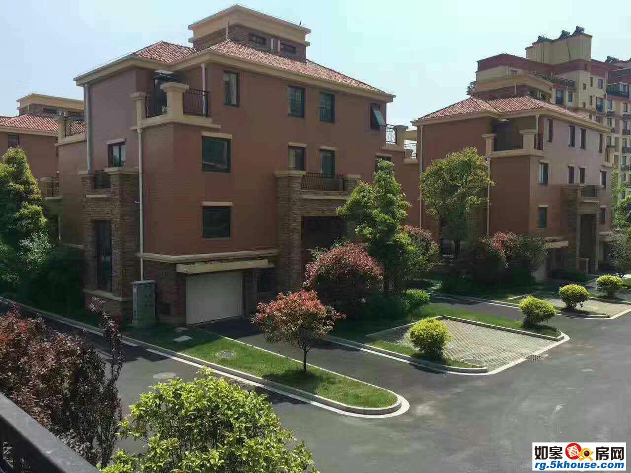 如皋市区上海花园 5室2厅3卫 255㎡