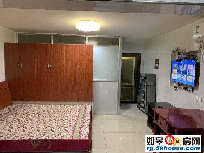 博爱医院南边天瑞绿洲车库1室1厅1卫800元/月