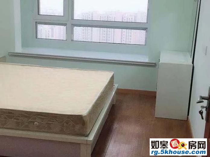 文峰城市广场东隔壁 翠湖苑电梯23楼全新精装修 家电齐全