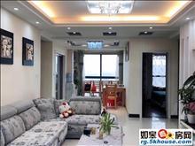 金茂国际电梯9楼,两室两厅一卫,精装修,家电家具齐全