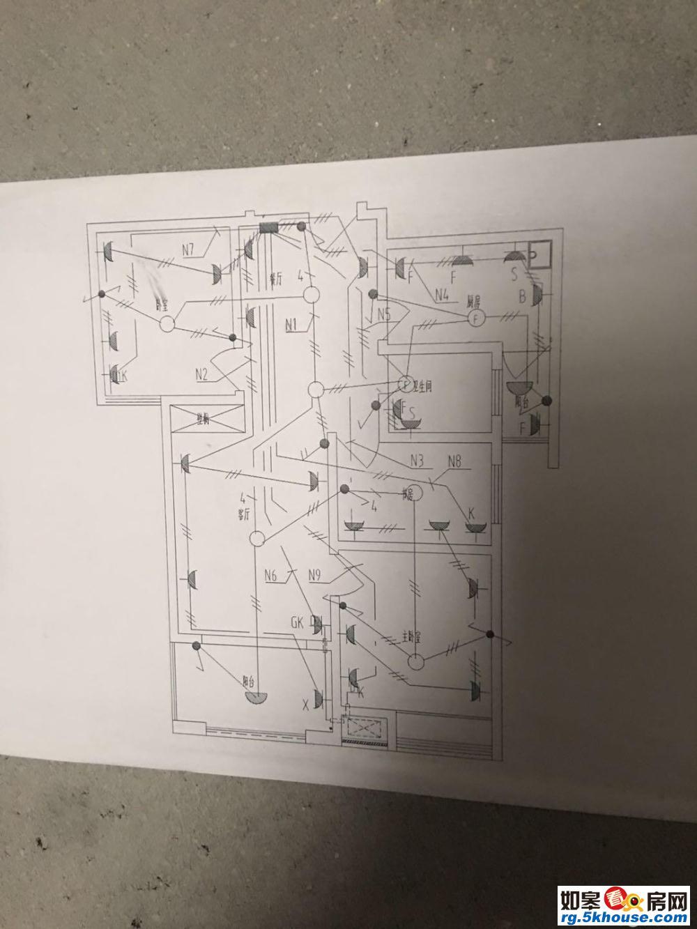 天瑞绿洲电梯洋房5楼 104平 3室精装修 拎包入住