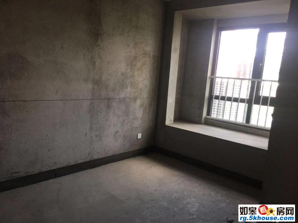 金科世界城东区洋房一楼带院子带车位  采光好  四室两厅
