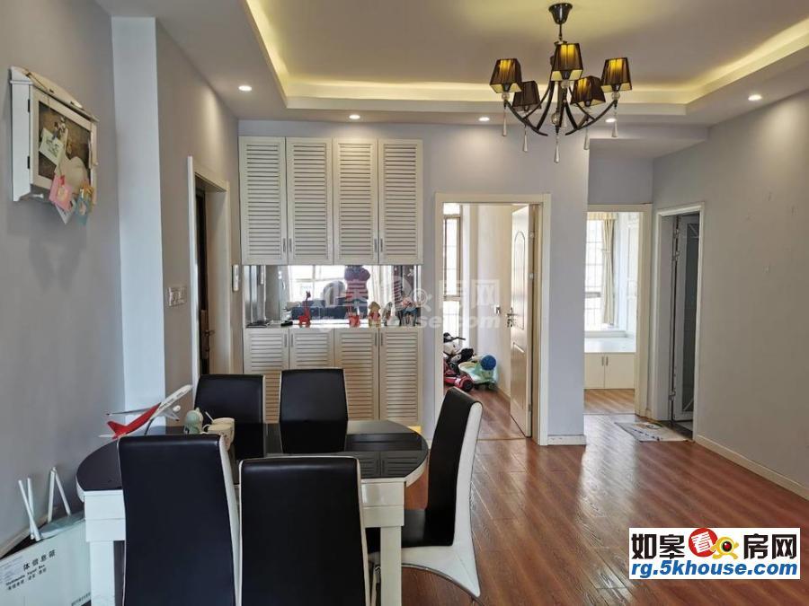 超好的地段,升值潜力大,万豪臻品 95万 3室2厅2卫 精装修