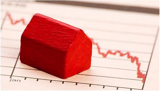 前7月个税同比降30% 土地出让收入增速年内首次转正