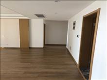 高尔夫鑫城 258万 4室2厅2卫 精装修 好楼层置低价位