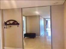 出租积水裕沁庭288平 精装5室2厅3卫 带地暖 白色系 16000月