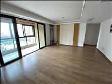 出售 高尔夫鑫城 143平 精装 220万 4房2卫 好楼层 看房有钥匙