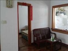 可直接入住,花园一村 2000元/月 3室2厅2卫 简单装修