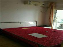 复式房出租,宝龙城市广场 1800元/月 2室2厅2卫 精装修