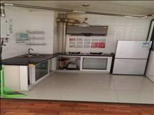 安静小区,低价出租,绿地城 1600元/月 2室1厅1卫 简单装修