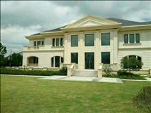 独栋别墅花园接近3亩.产证面积518平。加一比一配送