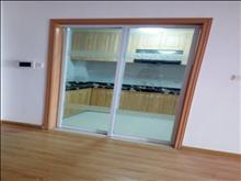 景瑞荣御蓝湾 2000元/月 3室2厅1卫 简单装修 ,楼层好,有钥匙