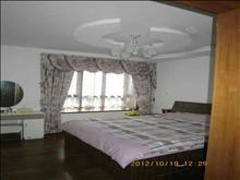 景瑞荣御蓝湾 品牌家电 6000元/月 3室2厅2卫 豪华装修