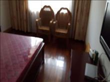老式精装 有乒乓球室 有30平露台 60平庭院  有钥匙 随时看房