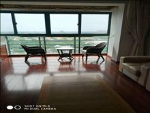 高尔夫湖滨花园  豪华装修  180平 8000元每月