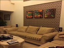 最新出售万鸿塞纳丽舍117平+50平 220万 4室2厅2卫 精装修