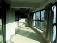 太和丽都  138平豪华装修房  7000元每月有车位