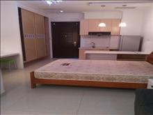 万达广场 1800元/月 1室0厅1卫 精装修 ,干净整洁,随时入住