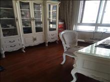 吉房出租,看房方便,绿地城 6500元/月 4室2厅2卫 精装修