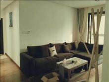 宝龙城市广场 5000元/月 3室2厅2卫 豪华装修 全套高档家私电,