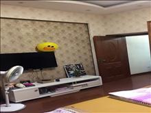 博海尚城 1600元/月 1室1厅1卫 精装修 小区安静,低价出租