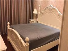绿地城 3500元/月 2室2厅1卫 豪华装修 ,家电齐全,拎包入住!