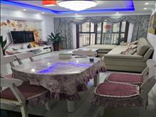 金溪佳苑 3000元/月 3室2厅2卫 精装修 ,家具电器齐全非常干净!
