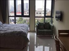 有钥匙!万达广场公寓 2300元/月 1室1厅1卫 精装修 ,诚心出租!