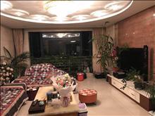 配套齐全,高尔夫湖滨花苑 11000元/月 3室2厅2卫 豪华装修