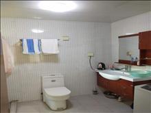 出租  房东首次出租两房一厅2000元