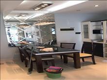 万达广场5楼88平精装2室3800元/月