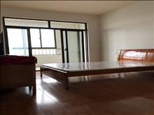 白云公园 精装修 2室1厅 拎包入住 2000/月