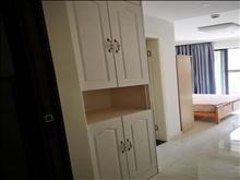 金湾名邸 1600元/月 1室1厅1卫 精装修 朝南 有钥匙