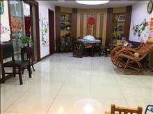 香花公寓 198万 3室2厅2卫 精装修 ,加汽车库