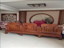 珠江小区 9000元/月 6室3厅3卫,6室3厅3卫 精装修 ,好房百闻不如一见!