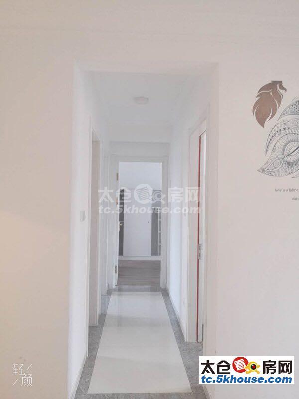 超值有匙低价碧桂园 3000元/月 3室2厅2卫 精装修