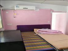 不是车库,县府街小区 800元/月 1室1厅1卫简单装修