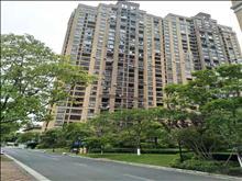 房东诚心出售 景瑞荣御蓝湾127平3室2卫毛坯210万好楼层有钥匙