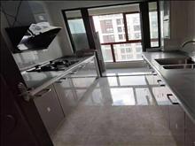 高尔夫鑫城 4000元/月 3室2厅2卫,3室2厅2卫 豪华装修 ,正规好房型出租